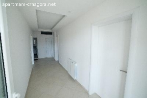 Apartman sa tri spavaće sobe