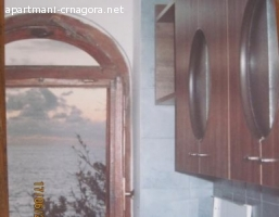apartmani na obali u Dobrim Vodama