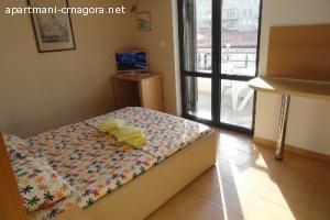 Cetvorokrevetnij Apartman Vila Mare Budva