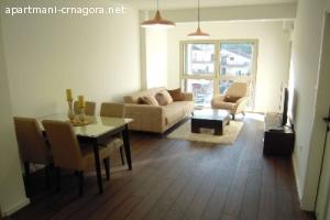 Izdaje se jednosoban luksuzan stan na obali Morače Podgorica
