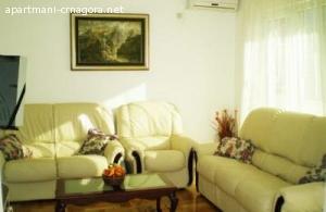 Izdavanje stana Igalo-povoljno