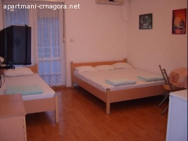 Petrovac prelep apartman (trokrevetni)